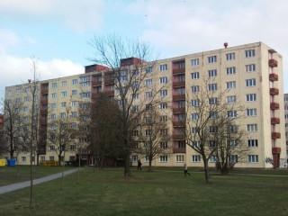 Ochrana balkonů a lodžií proti holubům Baarova 36,Plzeň