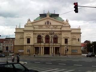 Ochrana proti holubům divadlo J.K.Tyla v Plzni
