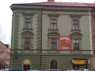Ochrana proti holubům dům U Lva Plzeň