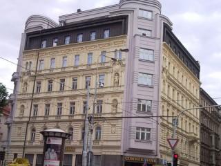 Ochrana proti holubům Commerzbank Praha